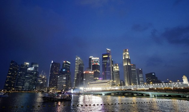 Formula One - F1 - Singapore Grand Prix 2015 - Marina Bay Street Circuit, Singapore - 20/9/15 General view of the Singapore skyline with the track lit up for the race SGP2015 Mandatory Credit: Singapore Grand Prix / Action Images via Reuters Livepic