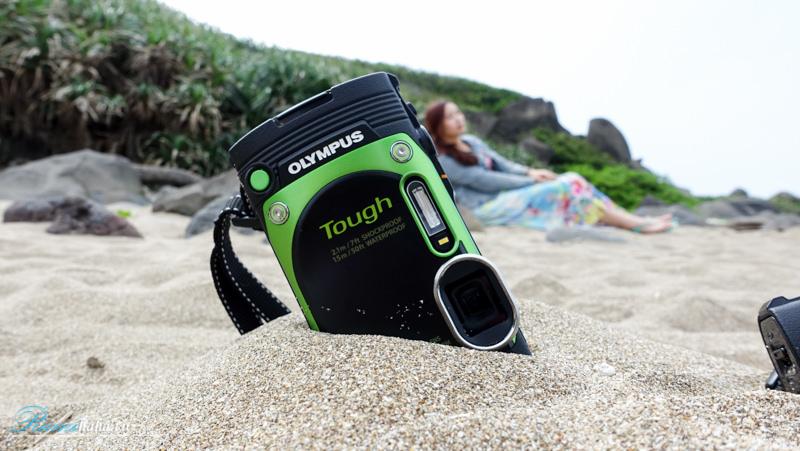 Olympus-TG870-防水相機-開箱實測-心得-海島-白沙灣-濾鏡-自拍-翻轉螢幕