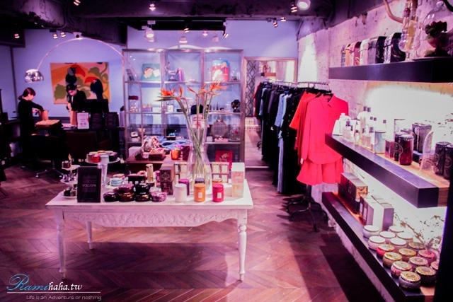東區-時尚咖啡廳-CHLOECHN Cafe-服飾店旁邊