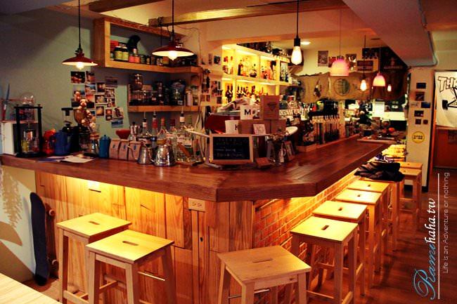 台北-咖啡廳-信義區-開燈咖啡-光復南路-101附近-世貿站-國父紀念館站-美食-免費Wifi-插座-好吃布朗尼-三明治-卡布奇諾-蕾咪的咖啡廳