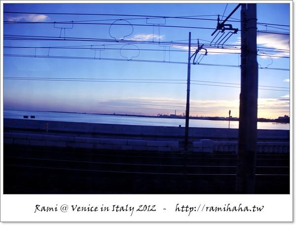 [義大利] Venice 威尼斯 – 一個人的旅行 : Day001 水上交通 – 韓國女孩的故事