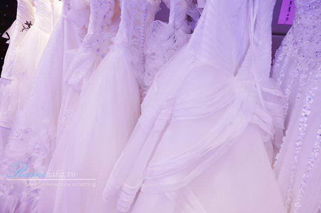 [時尚|穿搭] 自助婚紗展 – 女孩們憧憬的手工婚紗秀 x 可愛婚禮小物分享。(文末贈送實用小禮物~)